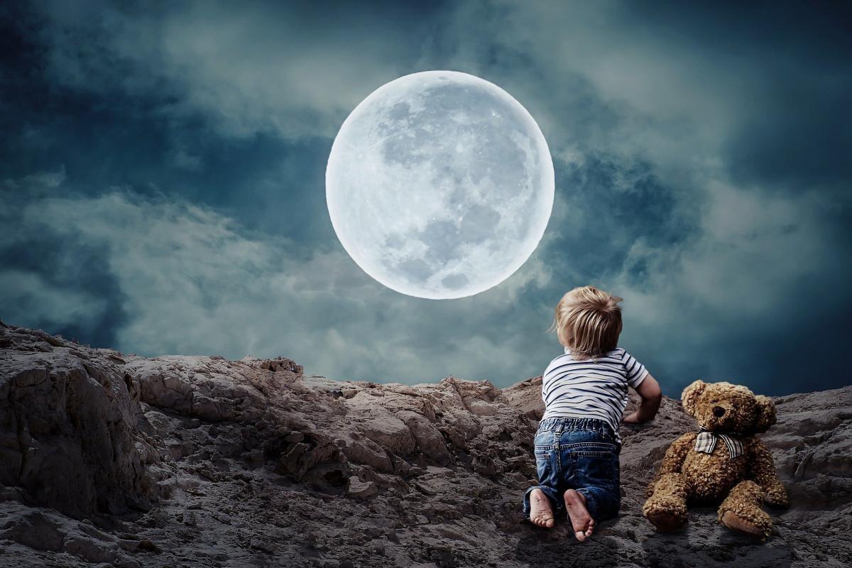 Vârsta planetară a Lunii: Influenţa primilor TREI ani de viaţă (sursa foto: Pixabay)